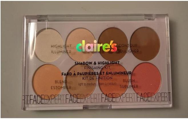 Maquillage Claire's amiante