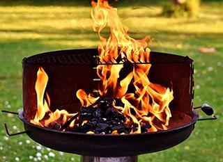 Une viande brûlée au barbecue contient des éléments cancérigènes