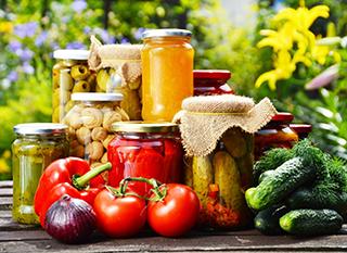 Conserver le surplus de productions de légumes du potager