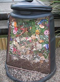 Coupe d'un fût de compost