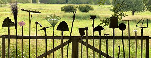 Nettoyer et réparer les outils de jardinage