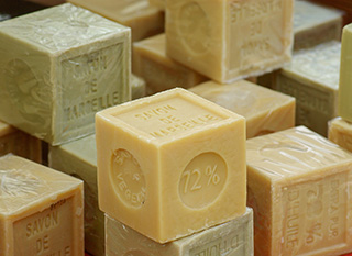 Le savon de Marseille, un classique de l'entretien naturel