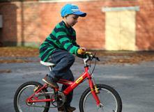 Un vélo qui grandit avec l'enfant. Photo : L'heureux cyclage