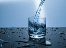 Quels critères de qualité l'eau potable doit-elle satisfaire ?