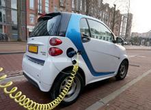Climat : pourquoi encourager les petites voitures électriques ?