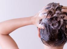 Comment prendre soin de ses cheveux de façon naturelle et écologique ?
