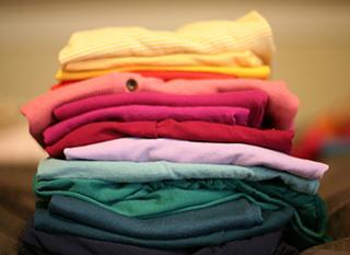 Trier ses vêtements pour la collecte Solid'R