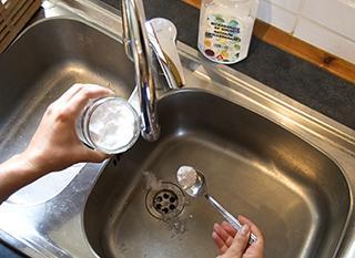 Le bicarbonate de soude, précieux allié pour nettoyer de façon écologique