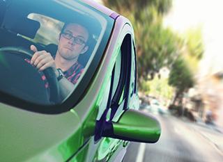 Salon de l'auto : la voiture écologique existe-t-elle ?