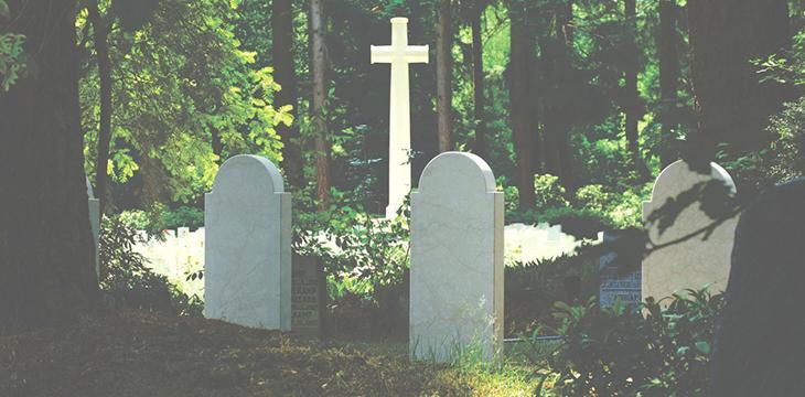 Des funérailles écologiques, est-ce possible ?